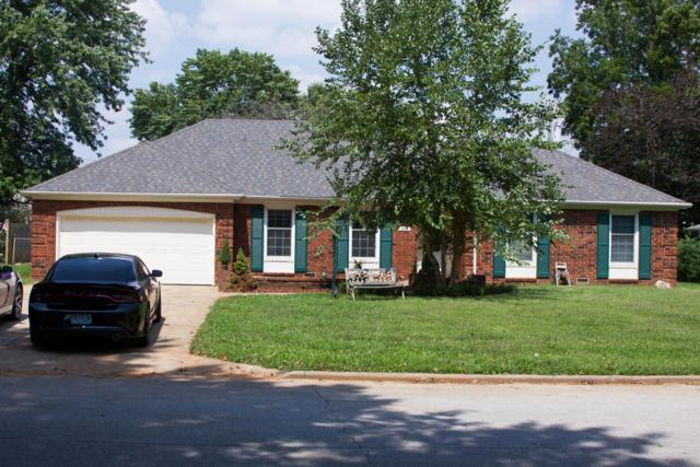 1849 E Swallow Street, Springfield, MO 65804 (MLS #60118215) :: Team Real Estate - Springfield