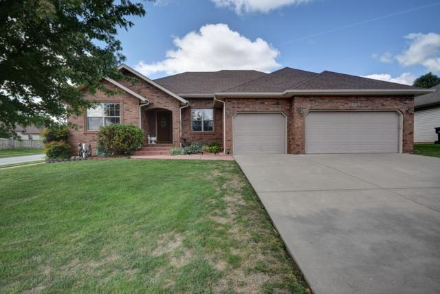 3251 N Dickerson Avenue, Springfield, MO 65803 (MLS #60118796) :: Good Life Realty of Missouri