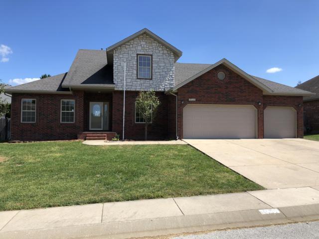 1004 N 19th Avenue, Ozark, MO 65721 (MLS #60119315) :: Team Real Estate - Springfield