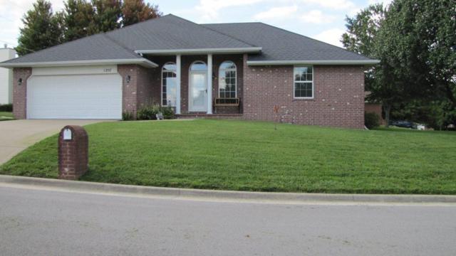 1257 W Batson Place, Nixa, MO 65714 (MLS #60119324) :: Team Real Estate - Springfield