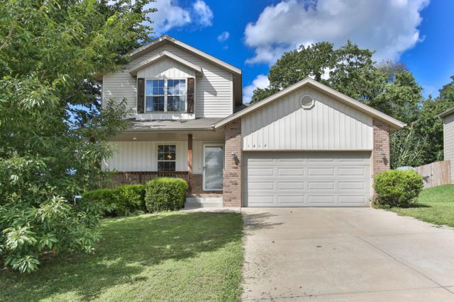 1217 W Robin Street, Ozark, MO 65721 (MLS #60119525) :: Team Real Estate - Springfield