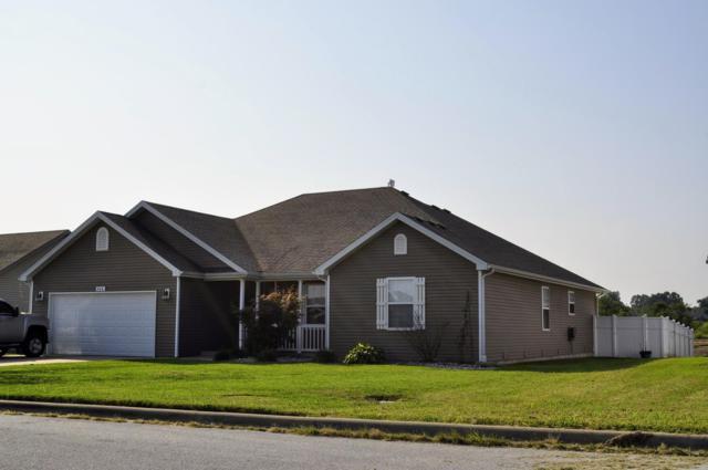 760 E Parkview Street, Bolivar, MO 65613 (MLS #60119645) :: Team Real Estate - Springfield