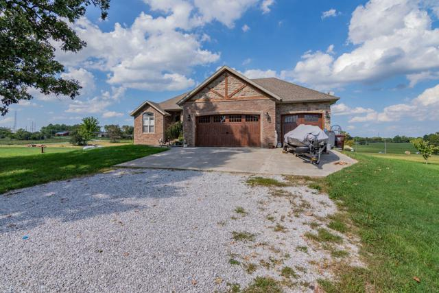 261 Lilac Lane, Clever, MO 65631 (MLS #60119663) :: Team Real Estate - Springfield