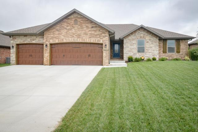 5749 S Cottonwood Drive, Battlefield, MO 65619 (MLS #60119978) :: Good Life Realty of Missouri