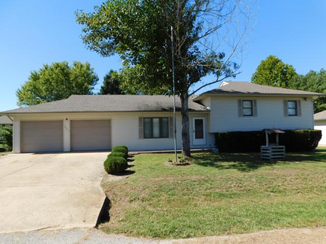 1807 Christopher Drive, West Plains, MO 65775 (MLS #60120271) :: Weichert, REALTORS - Good Life