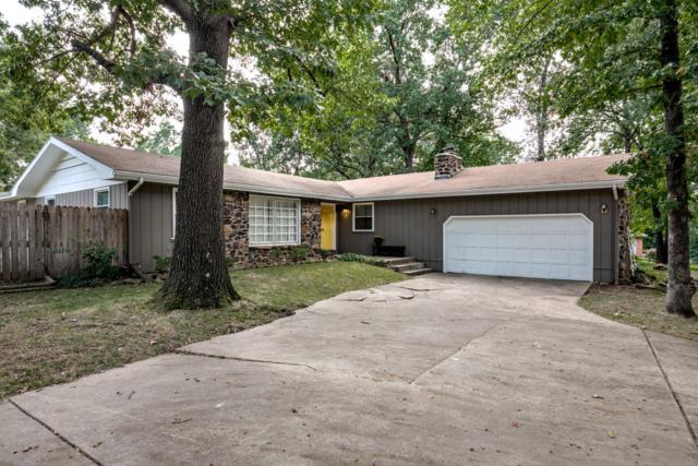1106 W Arlington Drive, Springfield, MO 65803 (MLS #60120821) :: Team Real Estate - Springfield