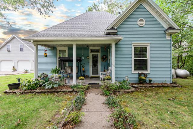 449 South Avenue, Sparta, MO 65753 (MLS #60120872) :: Team Real Estate - Springfield