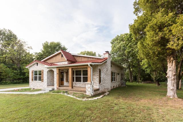210 W Cleveland Avenue, Monett, MO 65708 (MLS #60120892) :: Team Real Estate - Springfield