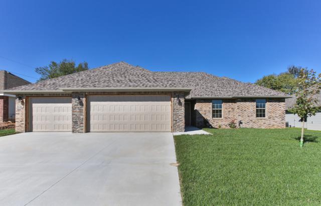 5731 E Park Place Drive, Strafford, MO 65757 (MLS #60121581) :: Team Real Estate - Springfield