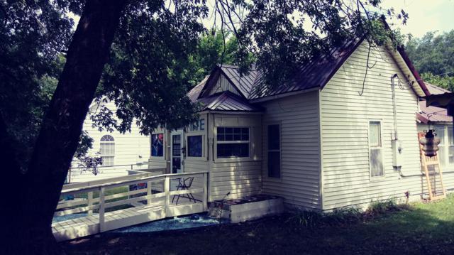 117 E Cofield Street, Aurora, MO 65605 (MLS #60122089) :: Team Real Estate - Springfield