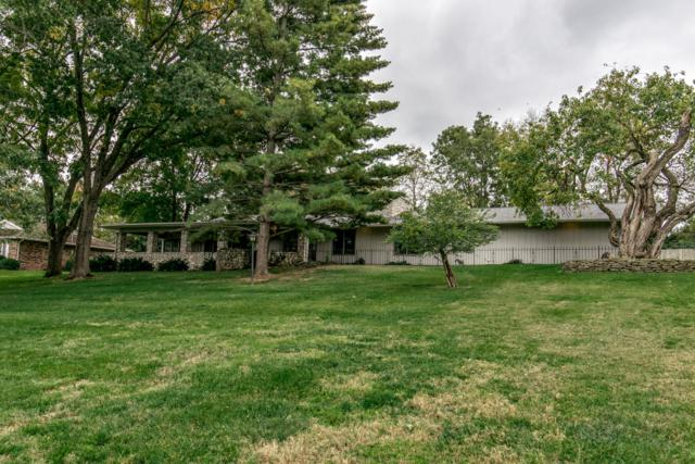 3334 E Summit Ridge Drive, Springfield, MO 65804 (MLS #60122644) :: Team Real Estate - Springfield