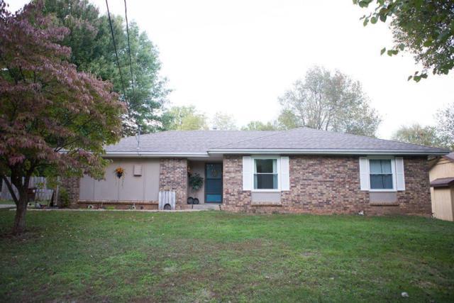 4923 E Poplar Lane, Springfield, MO 65809 (MLS #60122974) :: Team Real Estate - Springfield