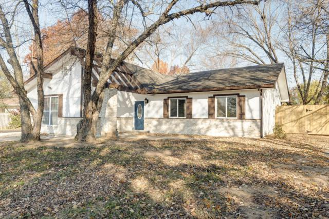 289 Central Avenue, Hollister, MO 65672 (MLS #60123351) :: Team Real Estate - Springfield