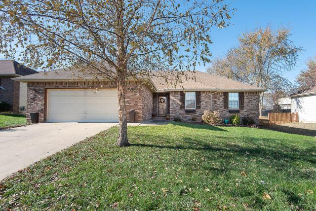 581 S Canterbury Lane, Nixa, MO 65714 (MLS #60123672) :: Team Real Estate - Springfield