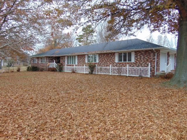 1115 E 13th Street Street, Cassville, MO 65625 (MLS #60123832) :: Good Life Realty of Missouri
