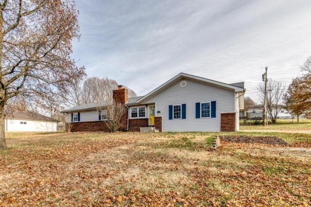 544 W Hubble Drive, Marshfield, MO 65706 (MLS #60124492) :: Good Life Realty of Missouri