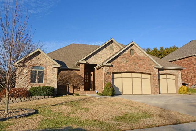1091 W Shadowlawn Street, Springfield, MO 65810 (MLS #60125018) :: Team Real Estate - Springfield