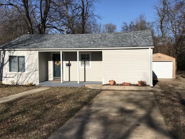 15 W Pearl Street, Aurora, MO 65605 (MLS #60125336) :: Team Real Estate - Springfield