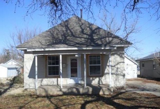 1607 W Thoman Street, Springfield, MO 65803 (MLS #60125456) :: Team Real Estate - Springfield