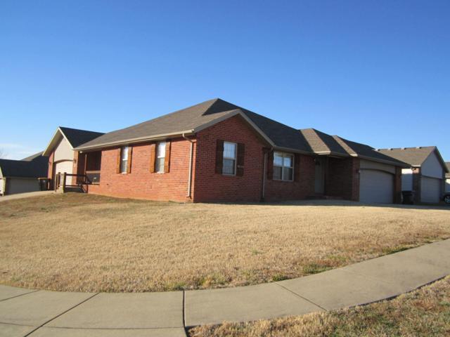 1981 S Bryson Circle, Springfield, MO 65807 (MLS #60126187) :: Team Real Estate - Springfield