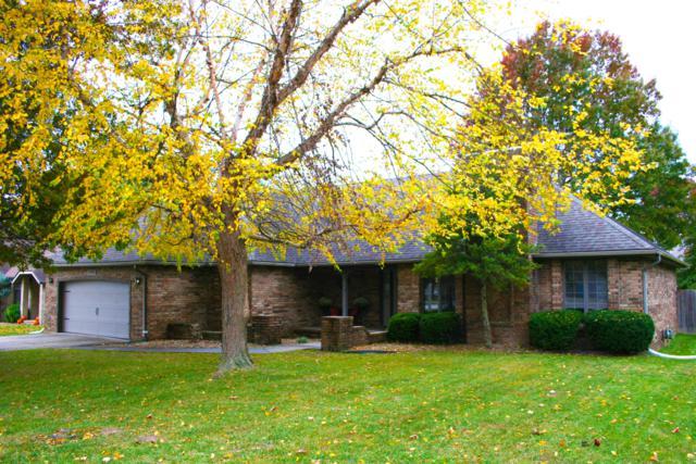 2395 S Laurel Avenue, Springfield, MO 65807 (MLS #60126645) :: Weichert, REALTORS - Good Life