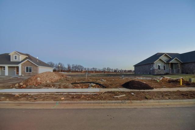 686 N Foxhill Circle, Nixa, MO 65714 (MLS #60127310) :: Weichert, REALTORS - Good Life