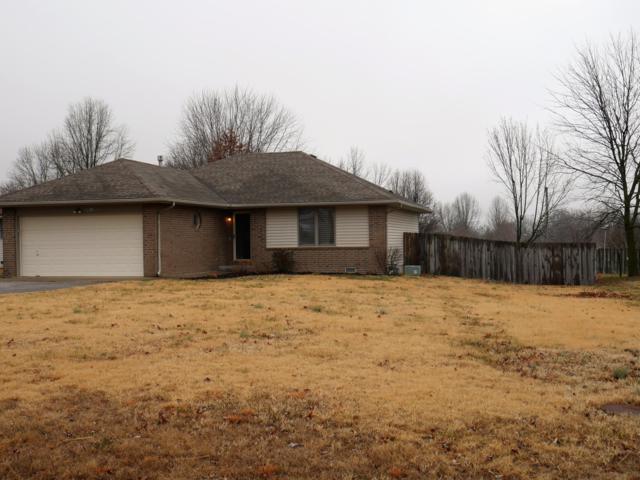 1043 W Minor, Aurora, MO 65605 (MLS #60127528) :: Team Real Estate - Springfield