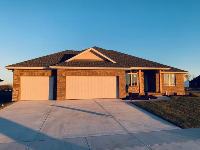 682 N Foxhill Circle, Nixa, MO 65714 (MLS #60127594) :: Team Real Estate - Springfield