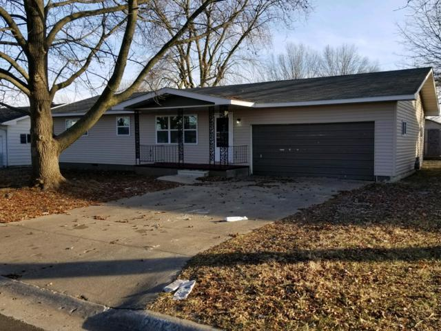 2752 W Chicago Street, Springfield, MO 65803 (MLS #60128994) :: Team Real Estate - Springfield