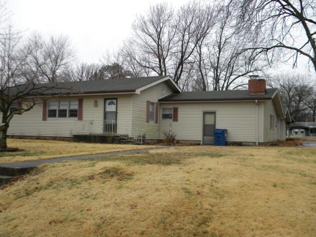 1423 Robertson Avenue, Carthage, MO 64836 (MLS #60129112) :: Team Real Estate - Springfield