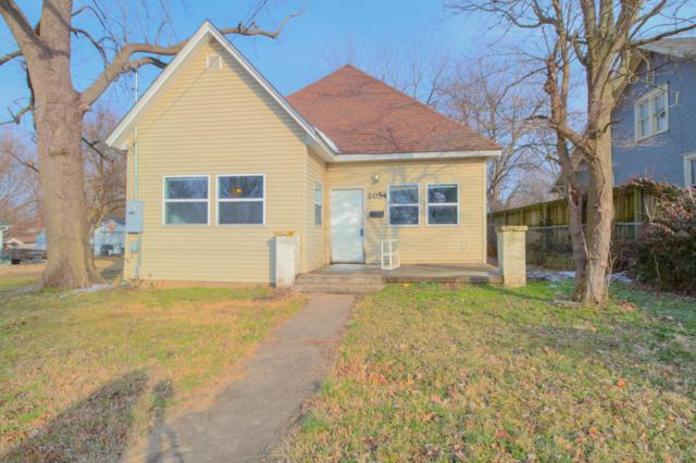 2054 N Elizabeth Avenue, Springfield, MO 65803 (MLS #60129997) :: Team Real Estate - Springfield