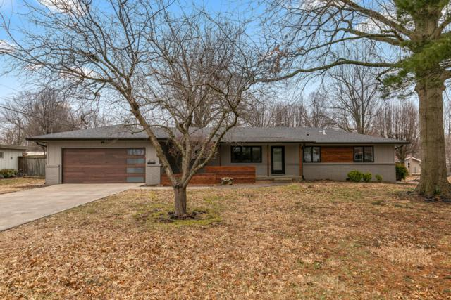1910 S Saratoga Avenue, Springfield, MO 65804 (MLS #60130729) :: Team Real Estate - Springfield