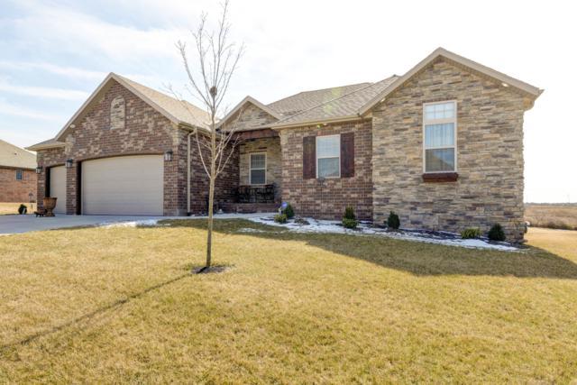 704 W Laverne Drive, Nixa, MO 65714 (MLS #60130948) :: Team Real Estate - Springfield