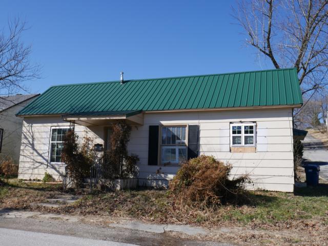 704 Townsend Street, Cassville, MO 65625 (MLS #60131582) :: Team Real Estate - Springfield