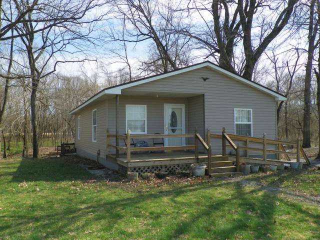 19706 Riverview Lane, Wheatland, MO 65779 (MLS #60133113) :: Sue Carter Real Estate Group