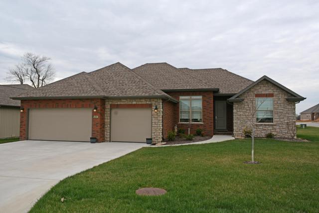 851 E Striper Drive, Nixa, MO 65714 (MLS #60133646) :: Sue Carter Real Estate Group