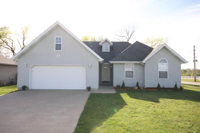 1575 S Burks Avenue, Springfield, MO 65807 (MLS #60134018) :: Weichert, REALTORS - Good Life