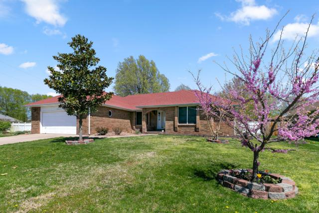 3232 S Greenbrier Avenue, Springfield, MO 65804 (MLS #60134306) :: Sue Carter Real Estate Group