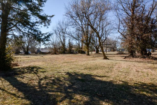 1820 N Marlan Avenue, Springfield, MO 65803 (MLS #60134351) :: Sue Carter Real Estate Group