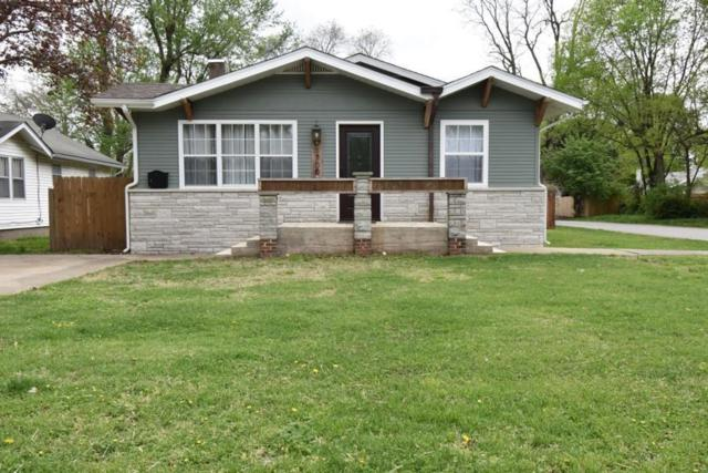 1700 E Lombard Street, Springfield, MO 65802 (MLS #60134811) :: Team Real Estate - Springfield