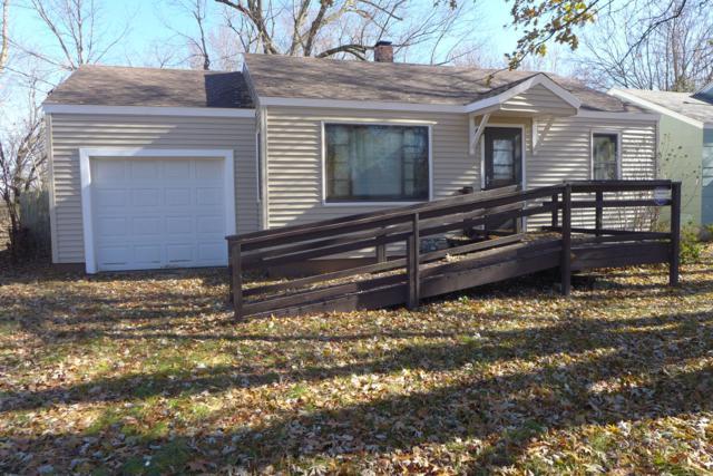 520 N Warren Avenue, Springfield, MO 65802 (MLS #60135977) :: Sue Carter Real Estate Group