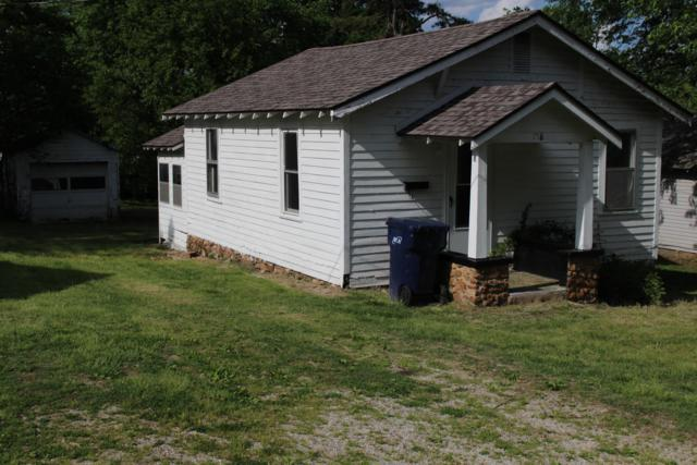 718 Delaware, Neosho, MO 64850 (MLS #60136188) :: Sue Carter Real Estate Group