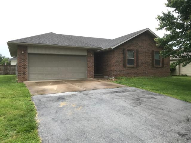 346 Shark Circle, Sparta, MO 65753 (MLS #60136432) :: Team Real Estate - Springfield