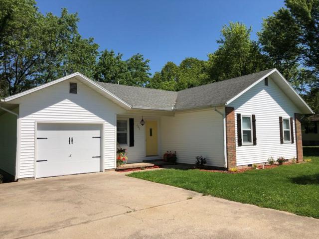 107 Array St Street, Cassville, MO 65625 (MLS #60136809) :: Massengale Group