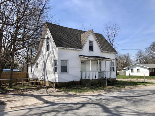 108 W Maple Street, Marshfield, MO 65706 (MLS #60136890) :: Team Real Estate - Springfield