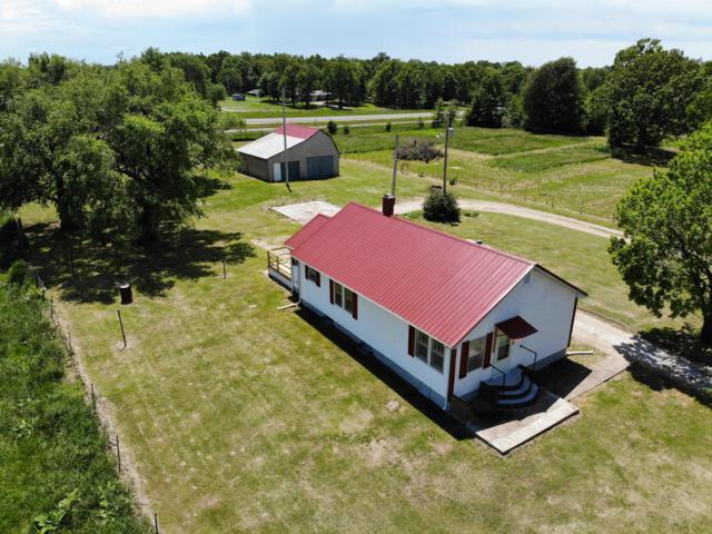 694 W Hayward Drive, Mt Vernon, MO 65712 (MLS #60137014) :: Team Real Estate - Springfield
