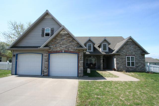 1824 Glenwood Drive, Joplin, MO 64801 (MLS #60137114) :: Sue Carter Real Estate Group