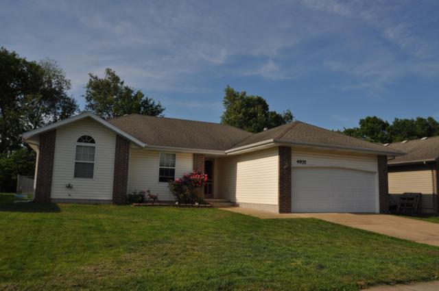 4935 W Tarkio Street, Springfield, MO 65802 (MLS #60137158) :: Sue Carter Real Estate Group