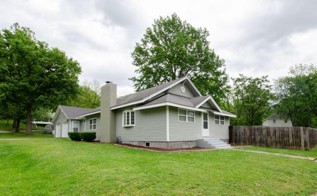 402 E Meadow Avenue, Crane, MO 65633 (MLS #60137286) :: Team Real Estate - Springfield