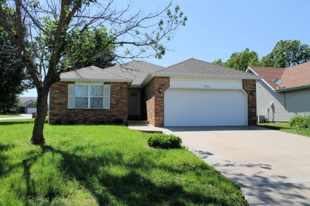 2791 S Hartford Street, Bolivar, MO 65613 (MLS #60137299) :: Team Real Estate - Springfield